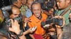 PROSEDUR HUKUM DALAM PENYIDIKAN TINDAK PIDANA YANG DILAKUKAN OLEH ANGGOTA LEGISLATIF DAN EKSEKUTIF  DI INDONESIA