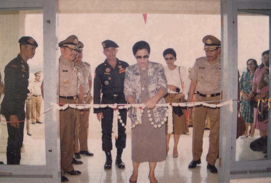 peresmian penggunaan  gedung mako  gegana di tahun 1988
