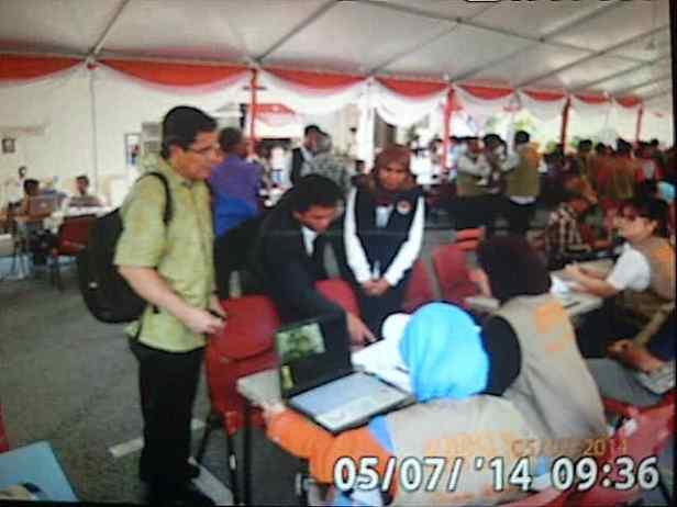 Kunjungan komisioner KPU ke TPS di Sekolah Indonesia Kuala Lumpur