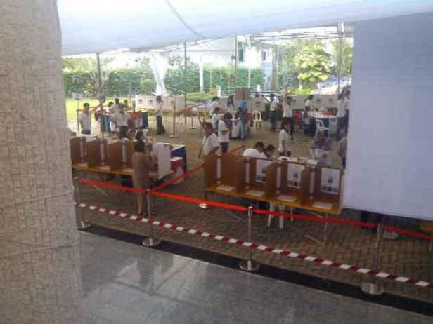 pelaks pencoblosan di tps di Singapura