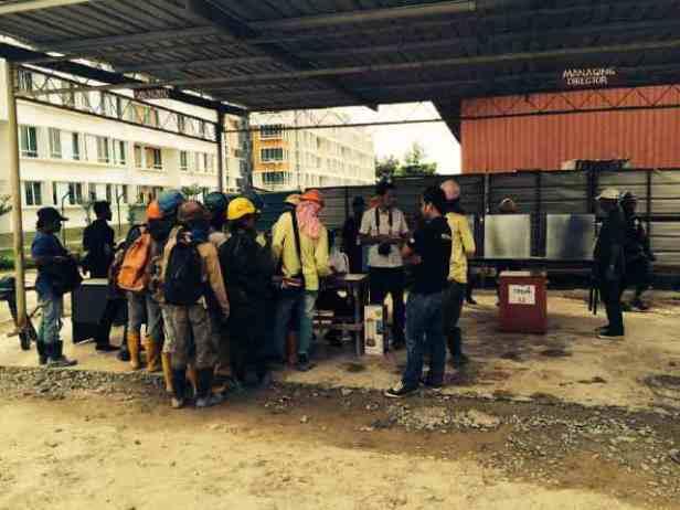 Pengamanan TPS keliling LN XII di tempat para buruh, Telipuk - Kinabalu.(1)