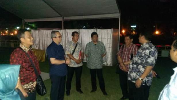Peninjauan lokasi pemunggutan suara dgn ketua Banwaslu RI dan Konjen Rl Hong kong